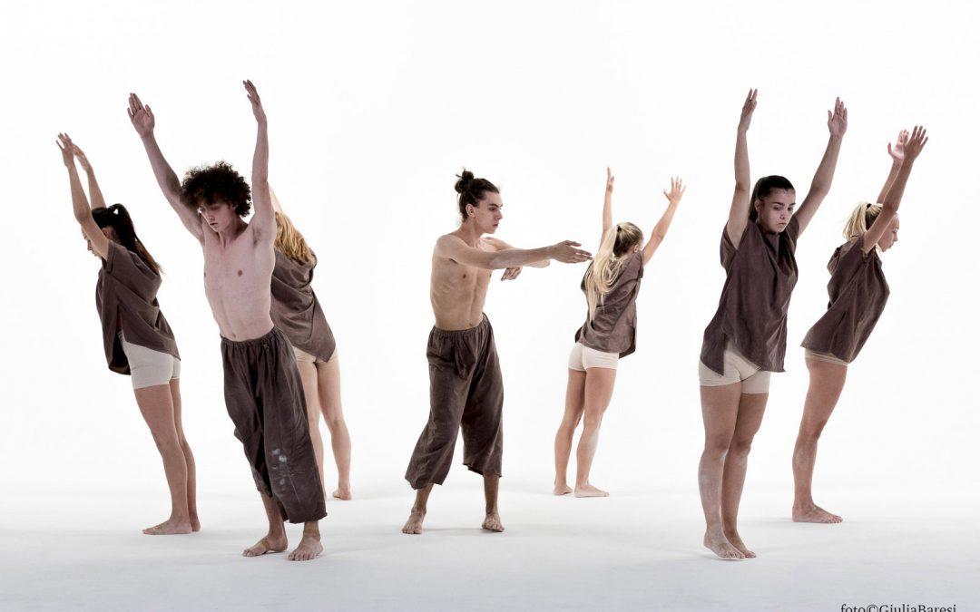 """""""Innamorarsi della Terra"""": lo spettacolo di danza"""